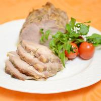 豚ロース塊肉の香草とオイルマリネ こんがりグリル