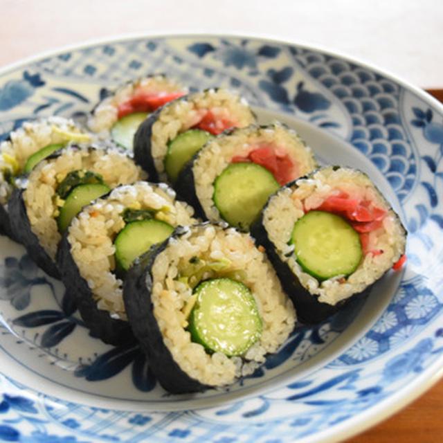 きゅうり丸ごと1本かっぱ巻き【ぐんまクッキングアンバサダー】わさび味&梅味でさっぱりヘルシー巻き寿司。