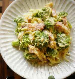 *1本完食。ブロッコリーのカルボナーラ風サラダ*