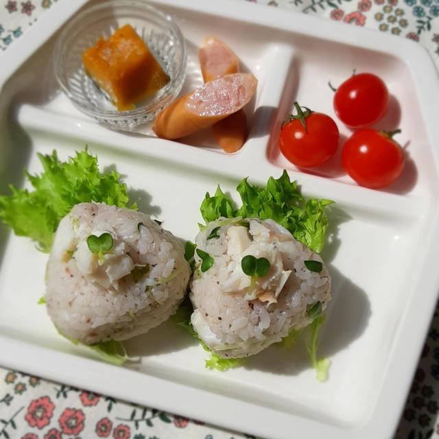 鯛しそ梅のおにぎりde朝食プレート
