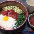 心ほっこり♪お腹満足『マグロの旨漬けすだち添え 月見とろろ蕎麦』 by 自宅料理人ひぃろさん