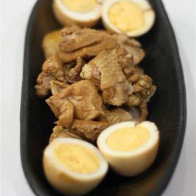 鶏肉とゆで卵の黒酢煮