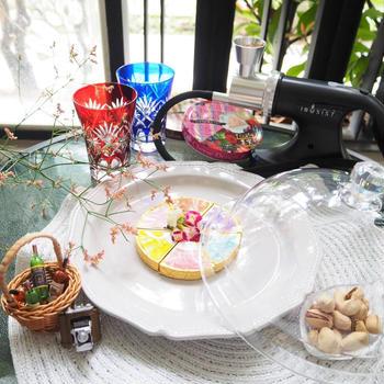 【おうちごはん・おうちカフェ】簡単におうちで本格的な燻製が楽しめる「IBUSIST燻製機」