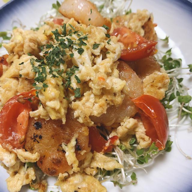 エビとトマト、玉子のチリソース炒め