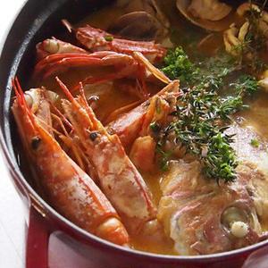 魚介の旨みたっぷり♪簡単「ブイヤベース」レシピ