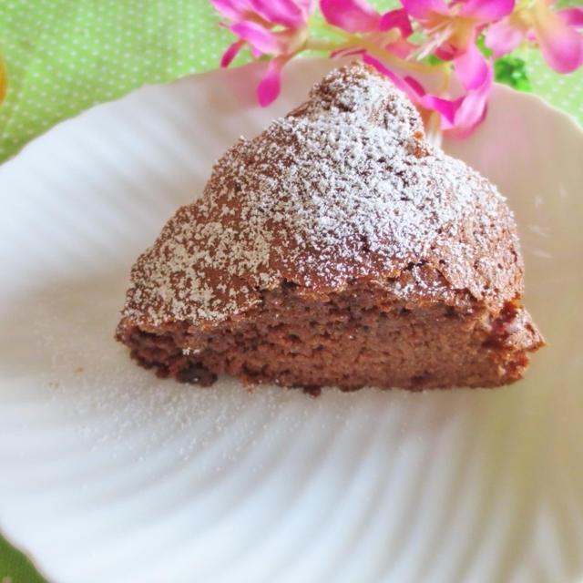 おやつ作り☆HМでマシュマロ入りチョコホールケーキ