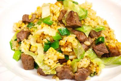 『大人の炒飯!牛肉と黒こしょうの炒飯』