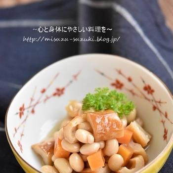 身体に嬉しい栄養価が高い大豆製品をもっと気軽に♪冷凍作り置きもできる【竹輪と大豆のうま煮】