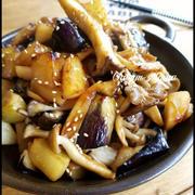 ささっと!甘辛♡キノコと茄子とポテトの秋炒め