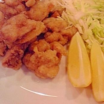 塩レモンで、鶏もも肉の塩唐揚げ♪