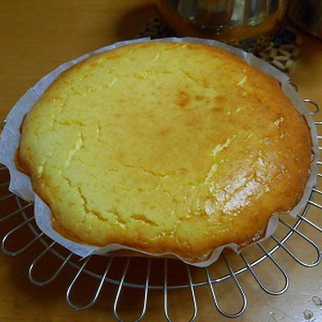 今年もよろしくです~ 初焼きはチーズケーキでした♪