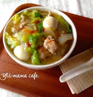 鶏ひき肉と新玉ねぎ、白菜のとろとろ中華丼〜隠し味は味噌とウスターソースです〜茶葉クッキー。