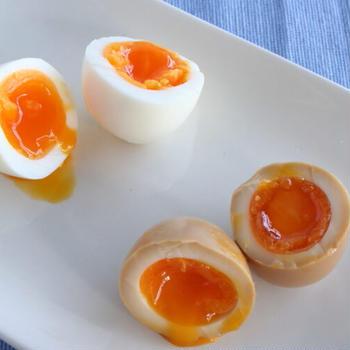 半熟卵・温泉卵の違い|【知ってて得する】作り方は時間だけ!