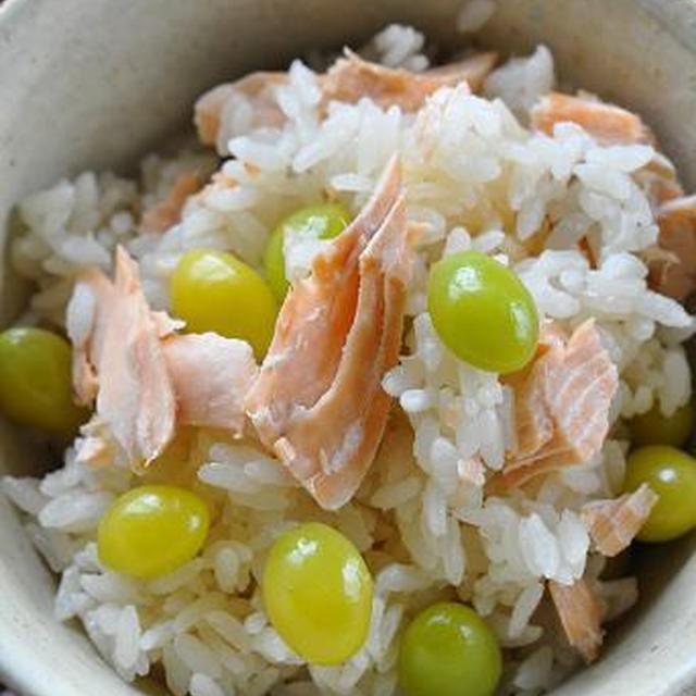 秋鮭と銀杏の炊き込みご飯