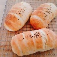 ウインナーちくわパン♪アプリコットくるみパン♪