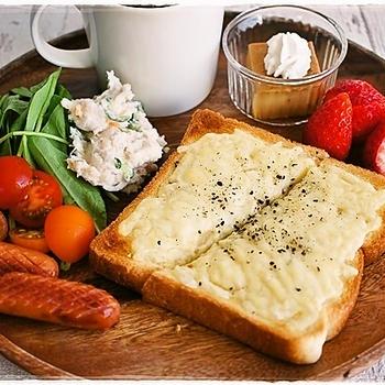 ワンプレート朝ごはん~定番チーズトースト(レシピあり)の朝ごはん~とらん丸さん