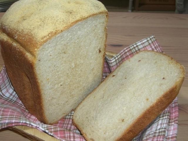 8. きなことピーナッツバターのふわ食パン