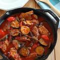LODGE ラウンドパンで♪スペアリブと夏野菜のトマト煮込み