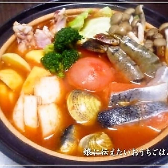 丸ごとトマトの海鮮トマト鍋