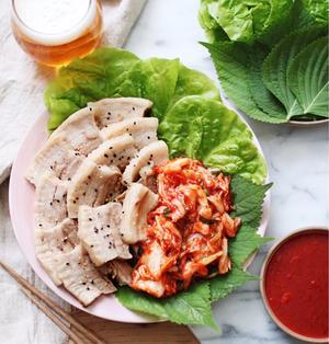 【韓国料理】茹で豚!ポッサム作りました!