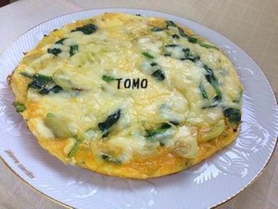 ボリューム満点♪ジャガイモとほうれん草のチーズオープンオムレツ