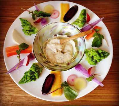鎌倉野菜のディップサラダ