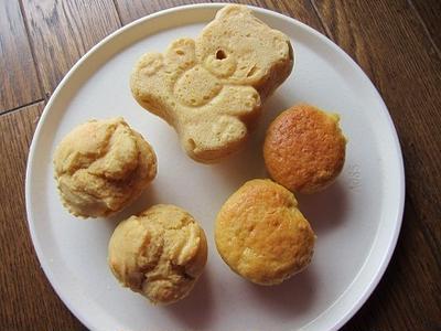 ホットケーキミックスで息子くんとママのりんごマフィン♪