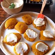 パンプキン・スパイスクッキー ・ウィズ・クリームチーズ・フロスト