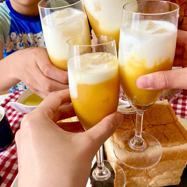 【ひんやり❤︎】マンゴーラッシーは濃縮マンゴー果汁を使っておいしい