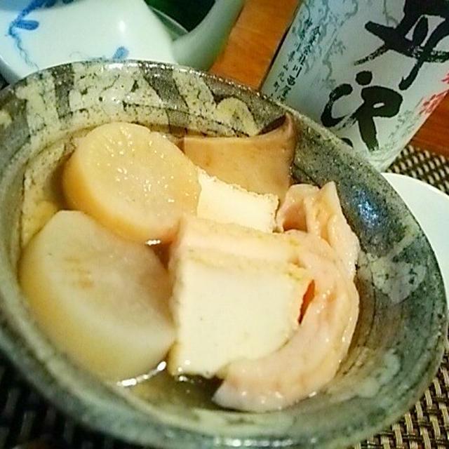 しみじみ美味しいおでんとお燗のマリアージュ、秋鮭の粕漬根菜ガレット添え