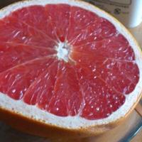 グレープフルーツグレー