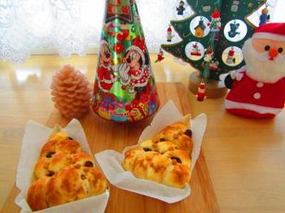 クリスマスツリーパン♪ミルク食パンで里芋ツナコーンサラダサンド♪クリスマスシフォンケーキ
