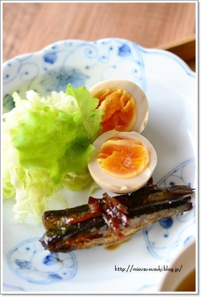 小いわしの甘露煮定食で朝ごはん