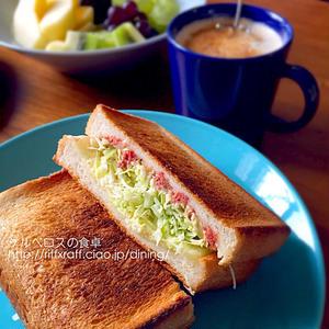 大満足のボリュームです!「コンビーフ×食パン」の絶品レシピ5選