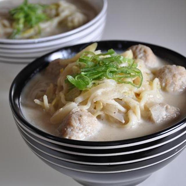 味噌汁のリメイクレシピ♡ 豆乳味噌ラーメン♪