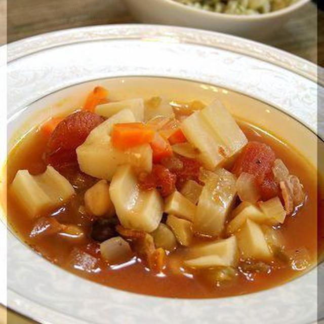 レンコン大根の具だくさんスパイシートマトスープ