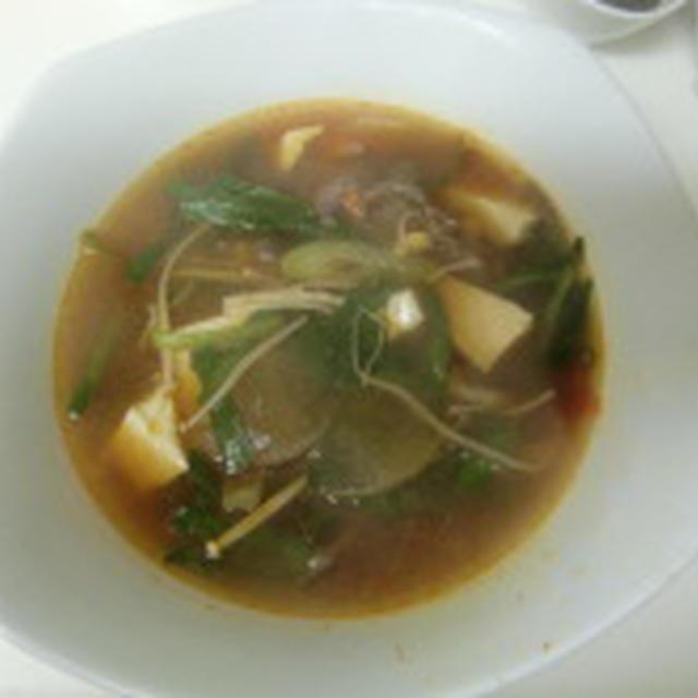 ユッケジャンスープと韓国風煮魚
