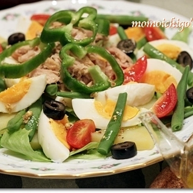 おうちで地中海料理♪ニース風サラダとチュニジア風クスクス