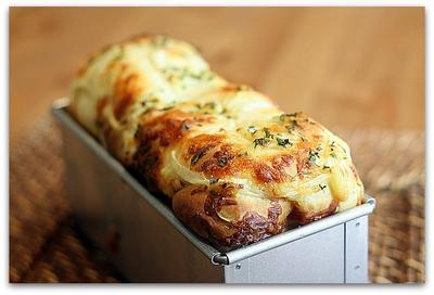 ベーコン・チーズ・オニオンブレッド