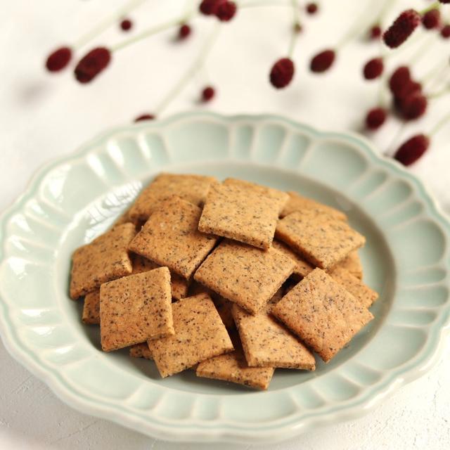 ざっくざく!米粉の堅焼きメープル紅茶ビスケット