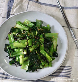 レンジで簡単!小松菜の塩昆布ナムル♡【#簡単レシピ#副菜】