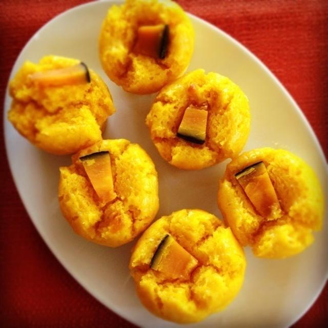 カボチャとココナッツの米粉蒸しケーキ