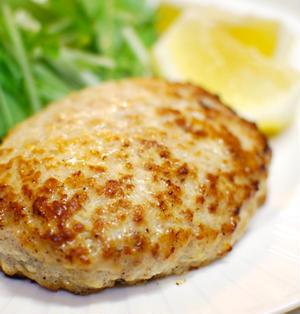 『しっとり柔らか!鶏ひき肉と豆腐のハンバーグ』