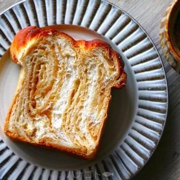 パウンド型で作るメープル食パン