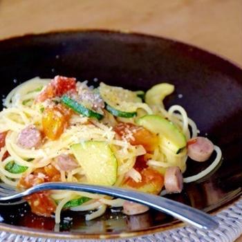 ズッキーニとフレッシュトマトのスパゲッティ