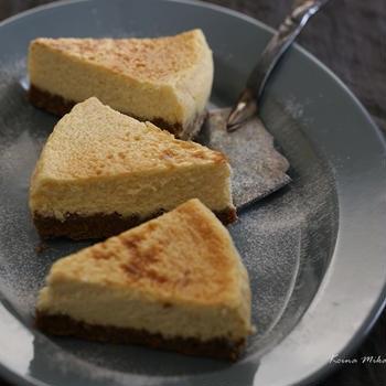 様々な甘味料を上手に使って糖質制限!混ぜて焼くだけニューヨークチーズケーキ