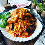 昨日のイタリアンチキンの残りで❤️どっさり夏野菜のトマトチーズパスタ♪