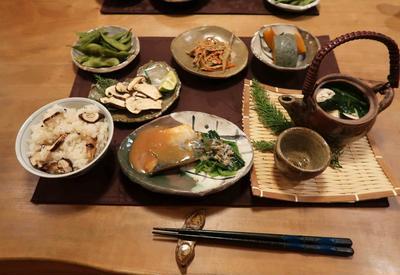 秋の味覚~松茸づくしの晩ご飯 と ツリバナの実が弾けた♪