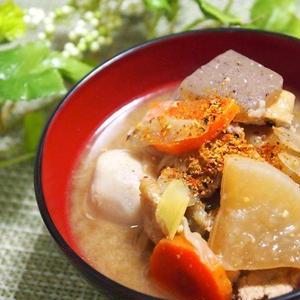 具だくさん味噌汁といえばコレ!毎日食べたい「豚汁」レシピ