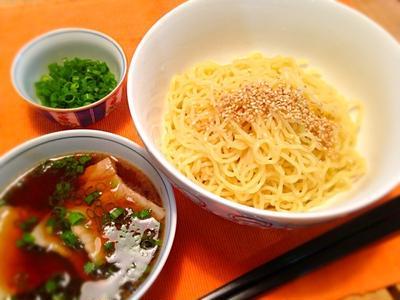 真夏の休日に食べる「濃厚!つけ麺」